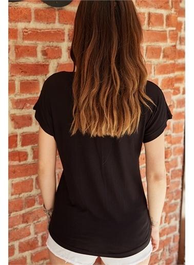 XHAN V Yaka Dökümlü Viskon T-Shirt 0Yxk2-43377-15 Siyah